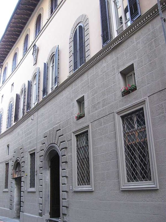 Central Apartment in Florence - Historic Building