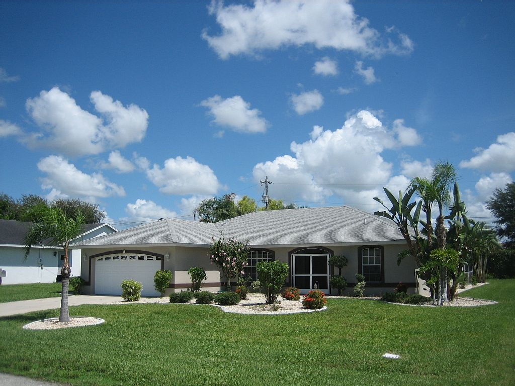 3 Bed Short Term Rental House cape coral