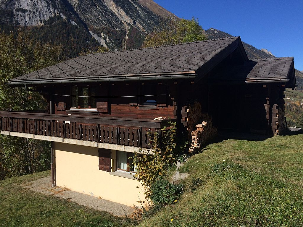 Comfortable Swiss chalet in rural setting with superb views - Switzerland Holiday Rentals