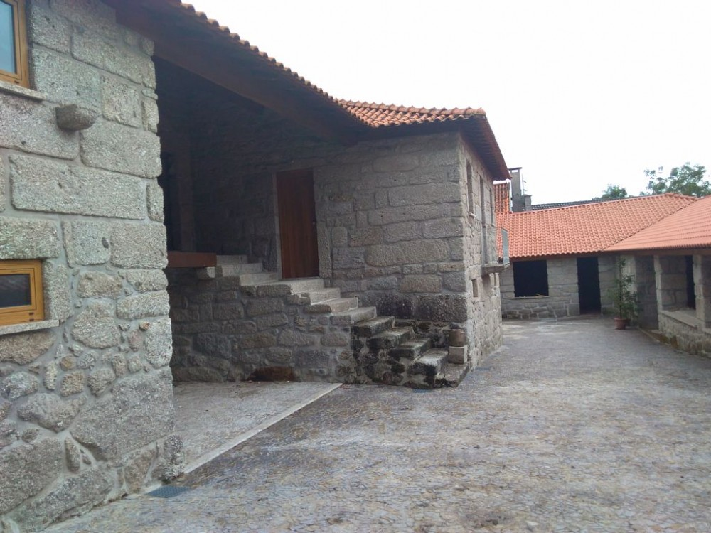 Braga vacation rental with Patio and acess door