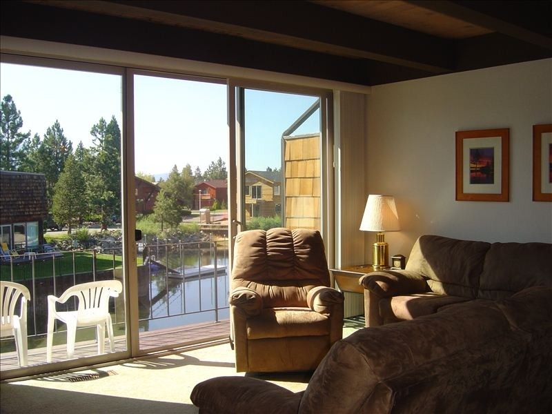3 Bed Short Term Rental Condo South Lake Tahoe