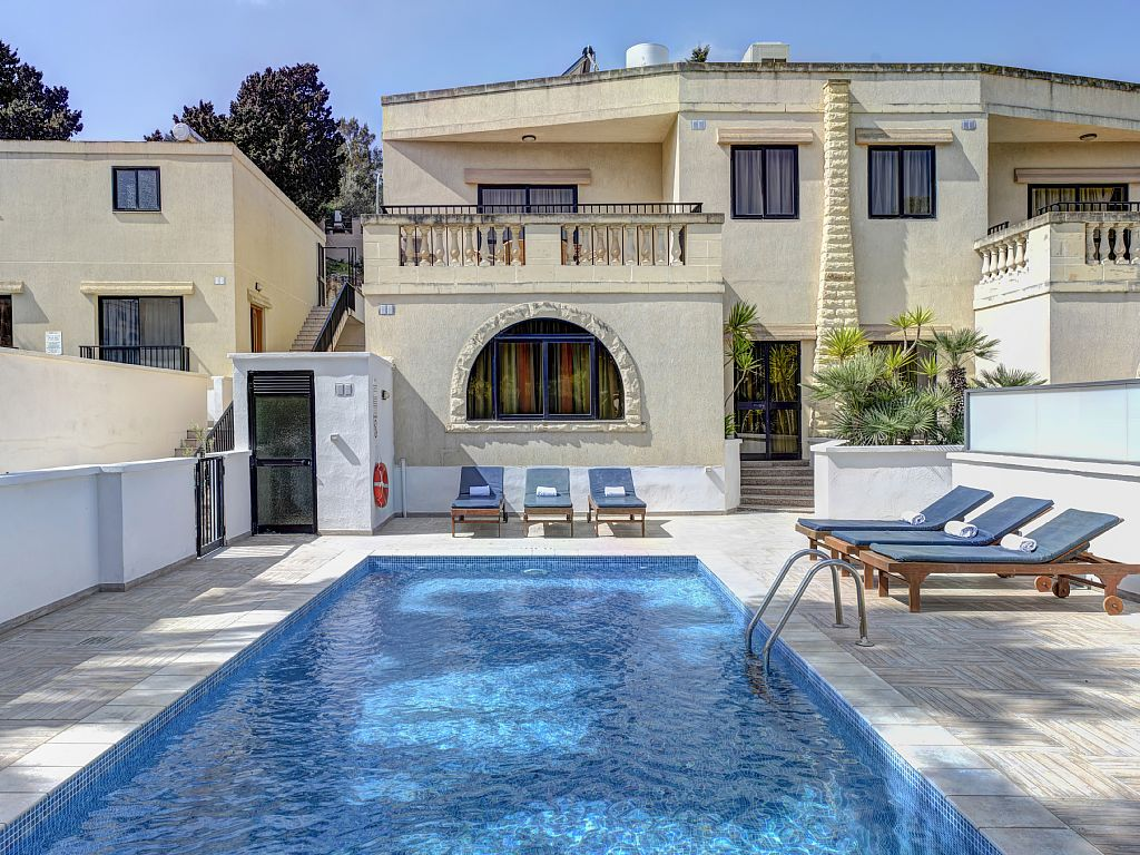 3 Bed Short Term Rental Villa Mellieha