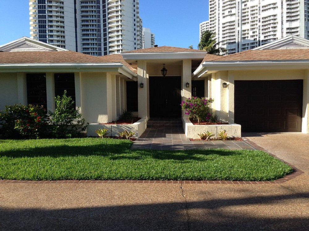 Hallandale vacation rental with