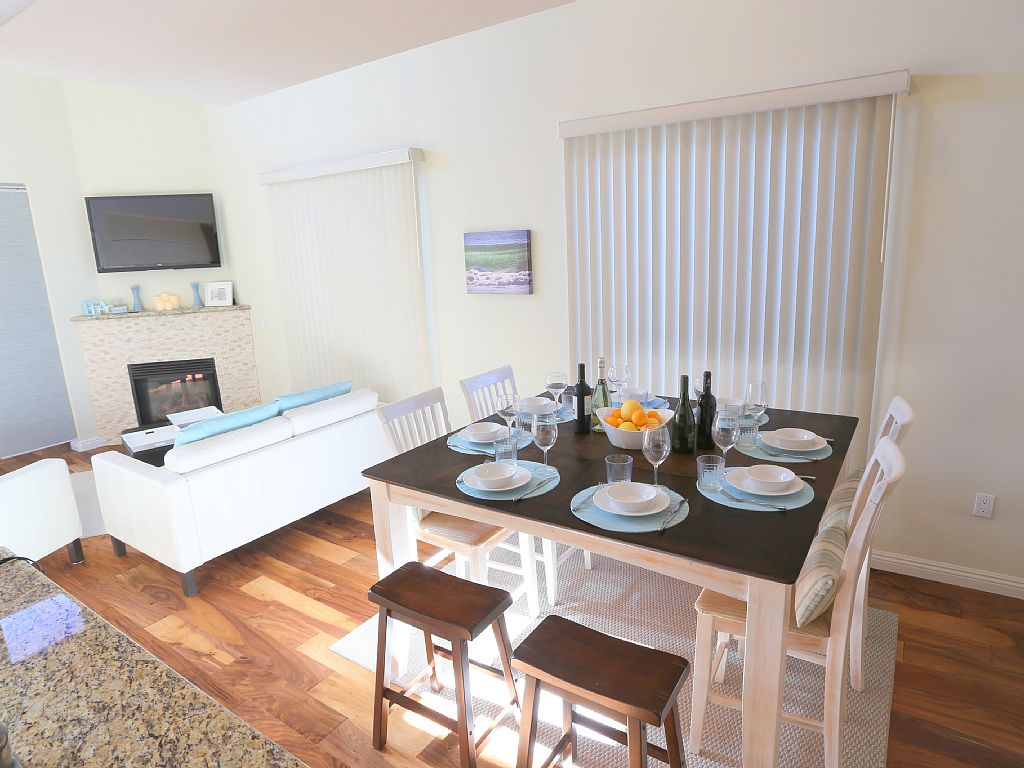 3 Bed Short Term Rental Accommodation pacific beach