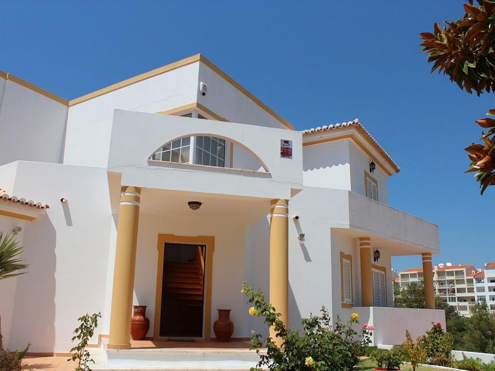 Albufeira vacation rental with Entrada Principal