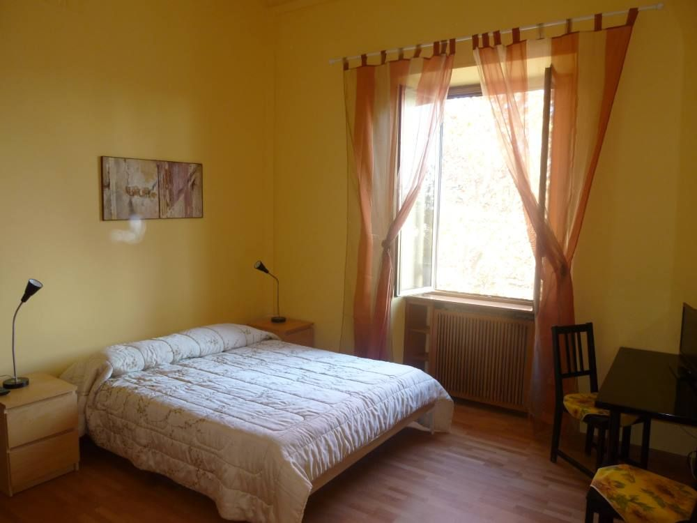 2 Bed Short Term Rental Apartment Prenestino