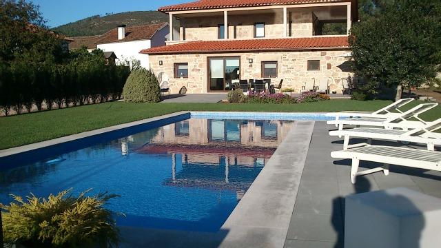 2 Bed Short Term Rental House Valenca