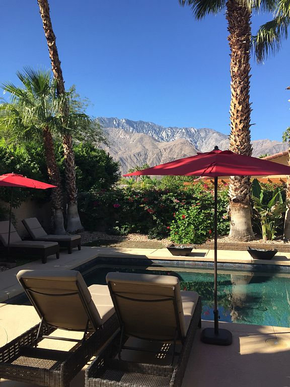 18 Palms Hacienda Luxury And Comfort Close To Everything In Palm Springs