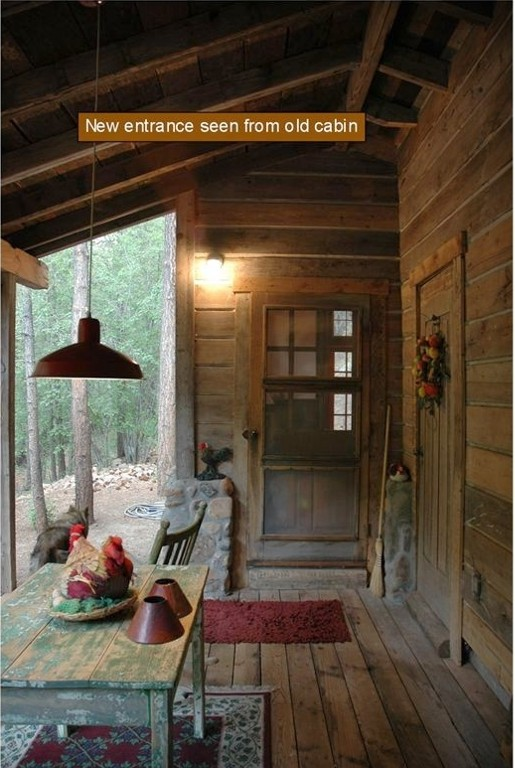 Storybook Santa Fe Cabin in Canyon Surrounded by Nat Forest