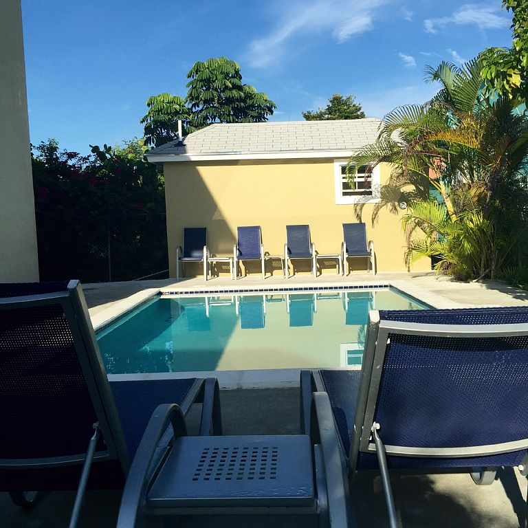 1 Bed Short Term Rental Condo Nassau