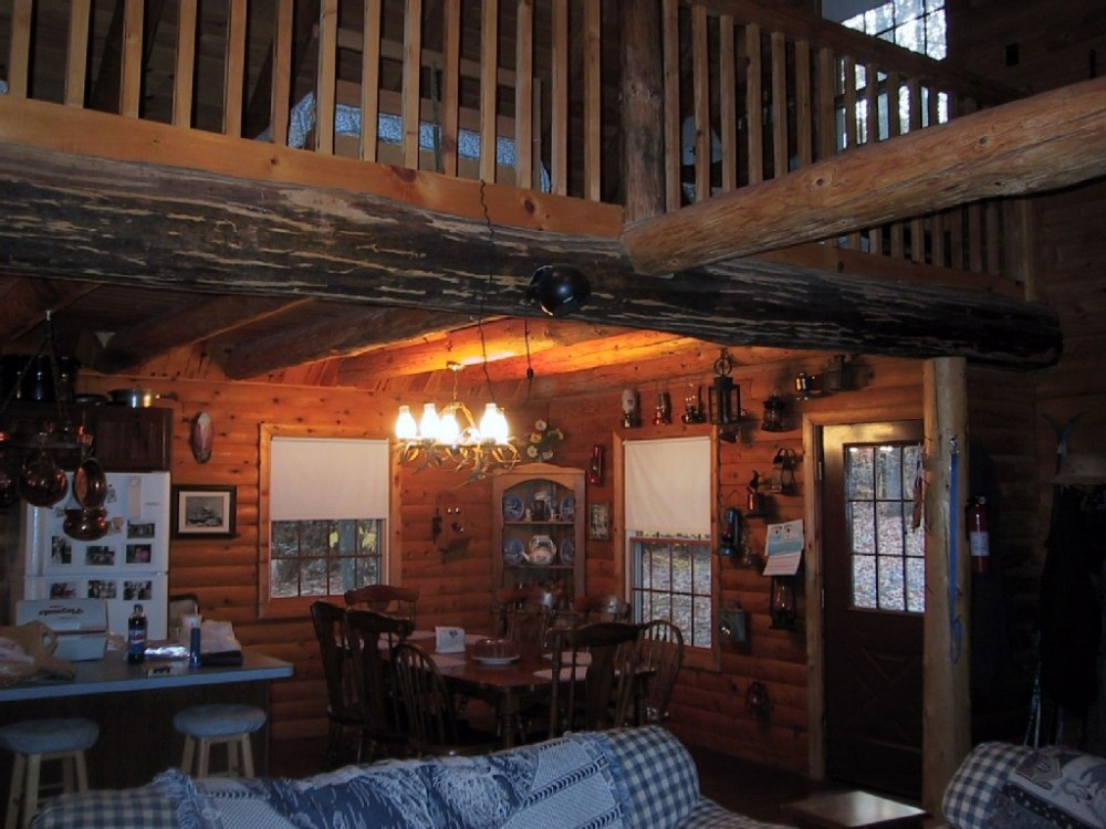Original Beautiful Rustic Log Cabin in the Woods - Thurmont vacation