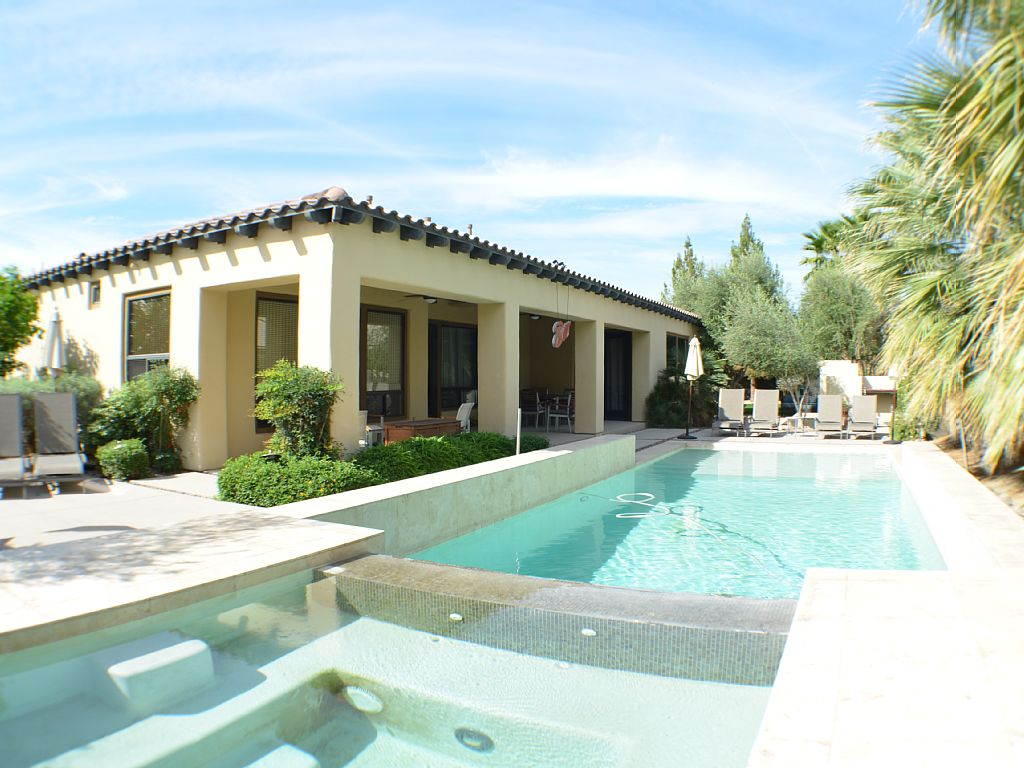 walk to Polo Grounds | Spanish Modern Retreat | Sleeps 13