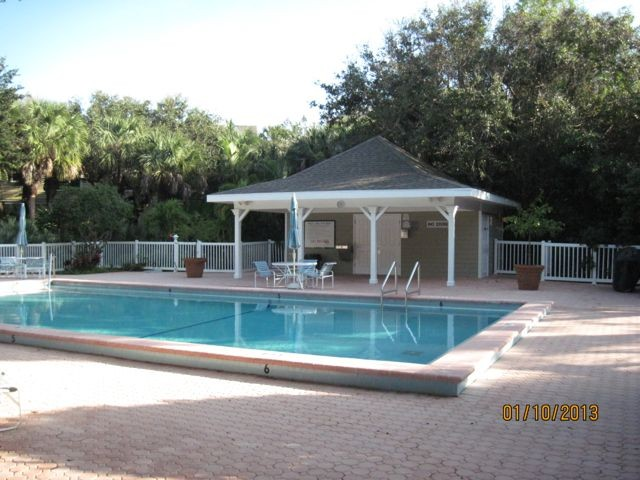 Lovely, Large, Private 2 Bedroom Tennis Villa with Hurricane Refund!