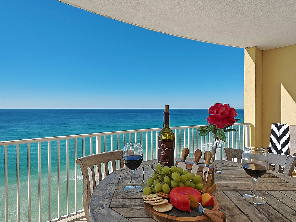 Your Perfect Laid Back Escape!  2BR/2B, 180° View -- DIRECTLY ON THE BEACH--   2 Pools, Hot Tub, grills