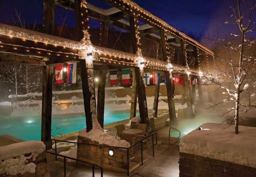 Park City vacation rental with Apartment in Park City Area Pool and Jacuzzi Area
