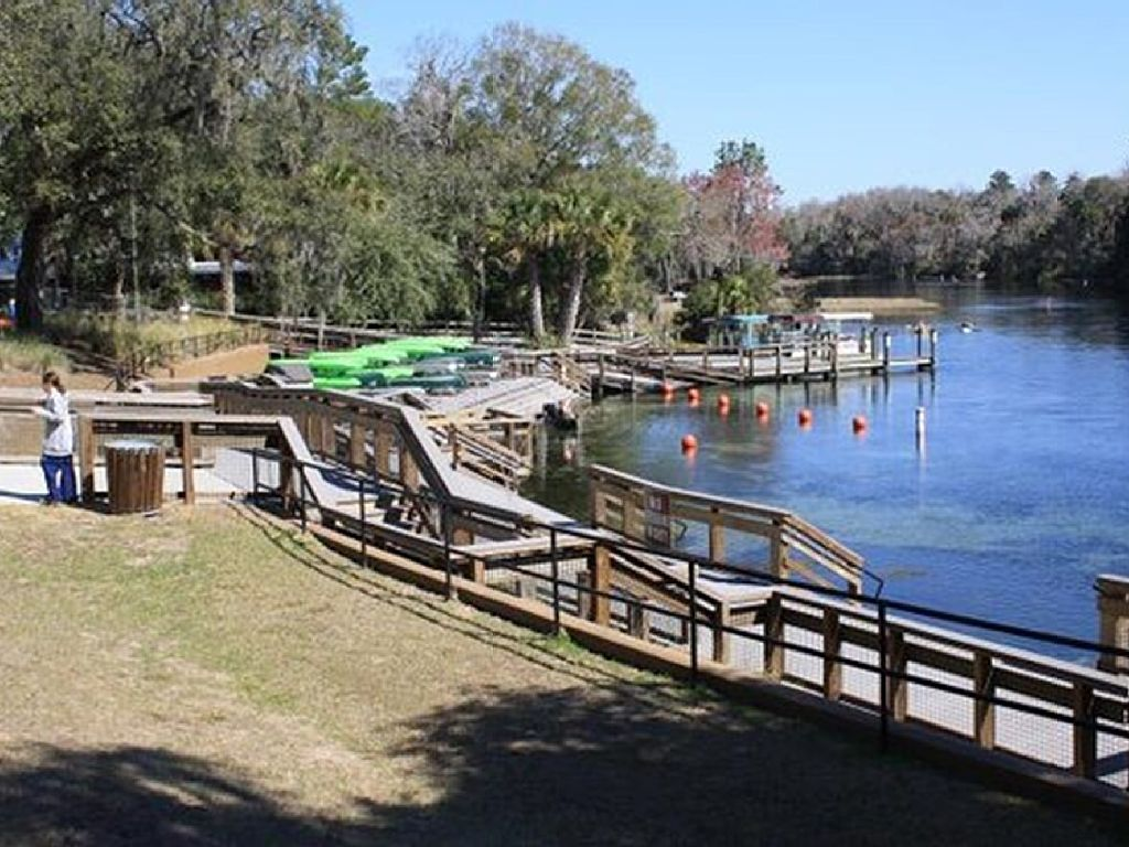 Rainbow River Home Rental In KP Hole Subdivision, Full River Access Included