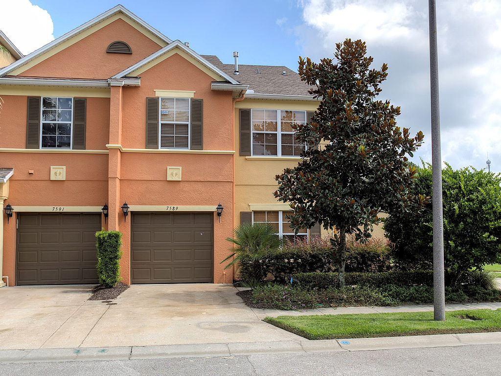 Family Paradise Vacation Home Gated Community 4 Bed/2.5 Bath 7 Miles from Disney.