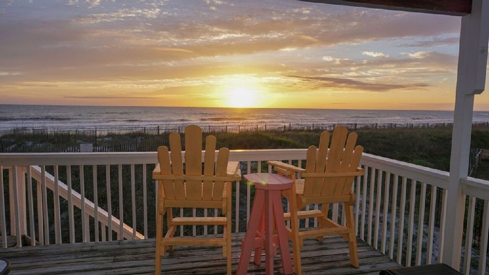 Cape San Blas vacation rental with Direct Beachfrond Deck - Perfect for Sunsets!