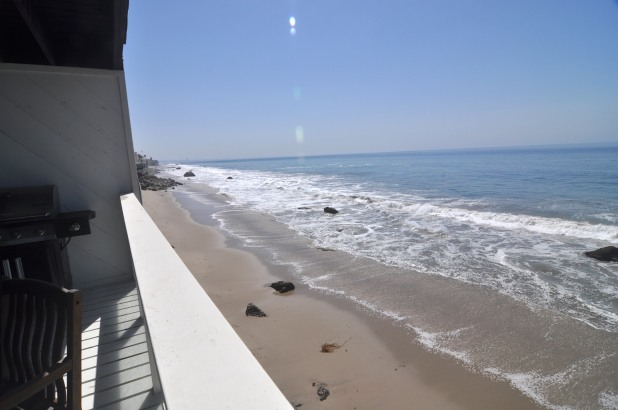 Large 3br3 Malibu Oceanfront Home on Private Beach