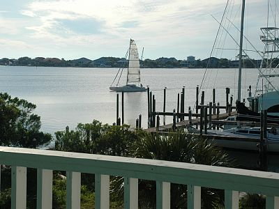 Large Condo on the Water -- Large Pool - Pet Friendly - Sleeps 8