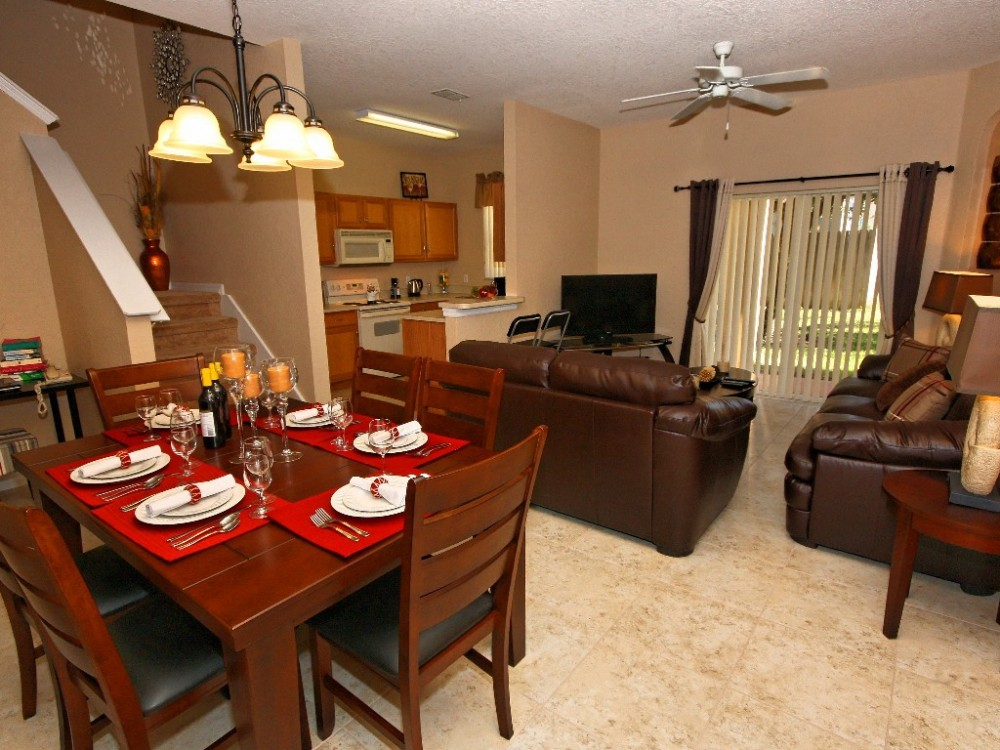 Davenport vacation rental with Eat in and save!