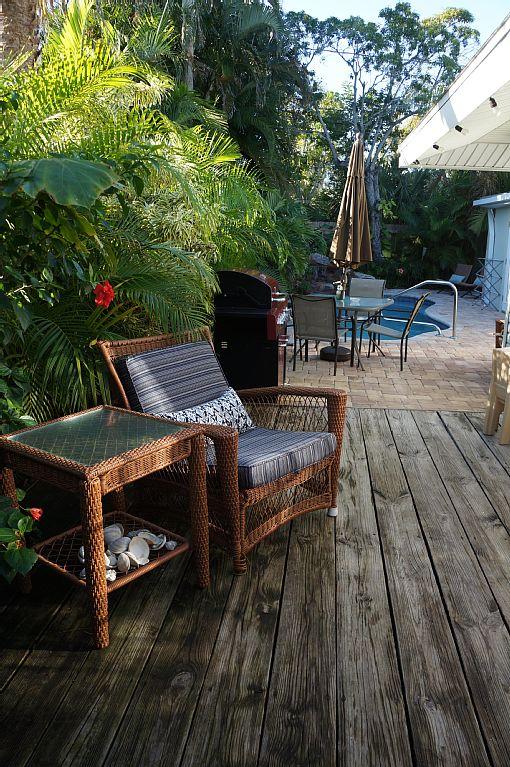 Airbnb Alternative Property in Holmes Beach