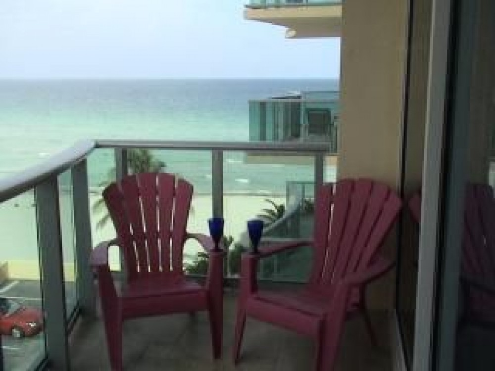 Hollywood Beach vacation rental with