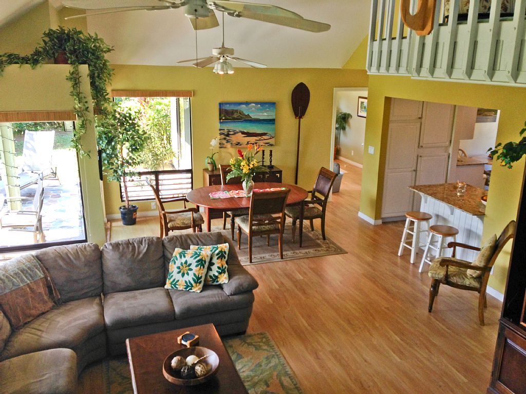 Our Tropical Princeville Home Gets Rave Reviews From Our Guests! Walk to Beach!