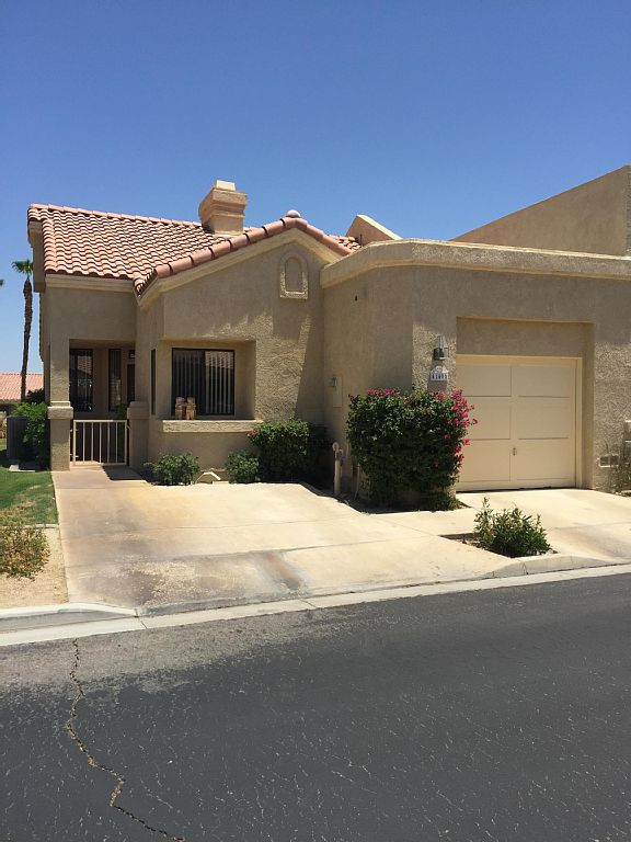 2 BR Condo close to Indian Wells Tennis, and Cochella