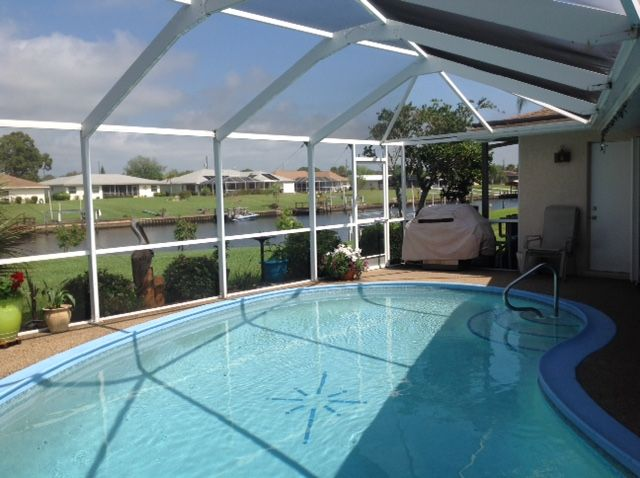 3br Waterfront, Pool Home