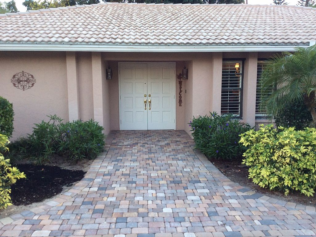 3 Bed Short Term Rental House Naples City