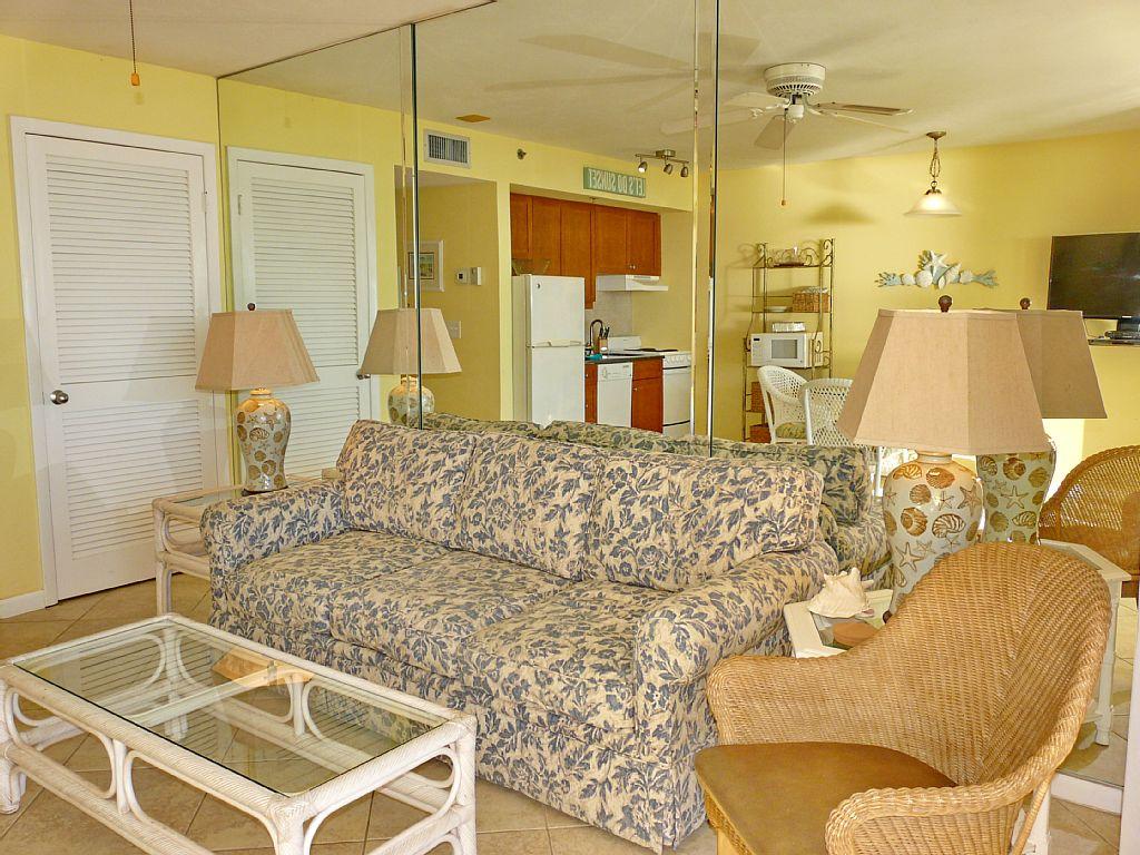 1 Bed Short Term Rental Condo Marco Island