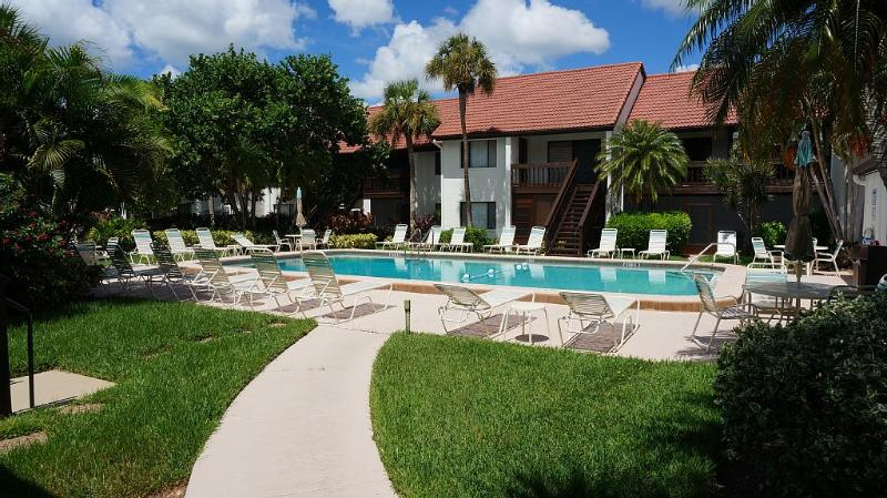Castel del Mare, Luxury Condo, Near Siesta Key