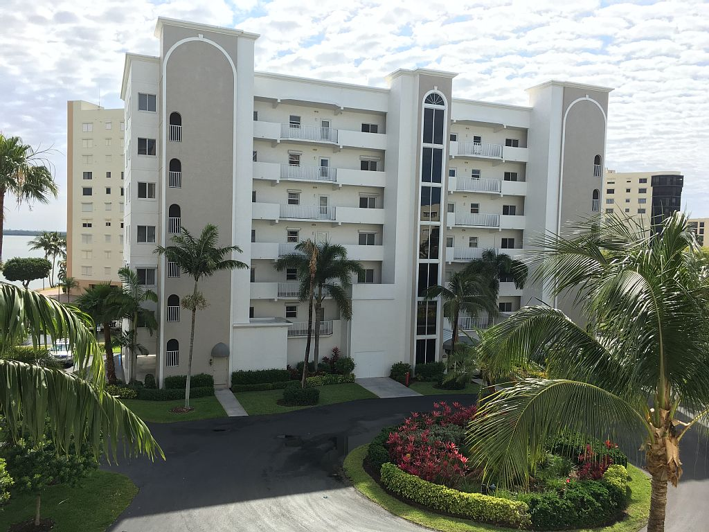 2 Bed Short Term Rental Condo Fort Myers Beach