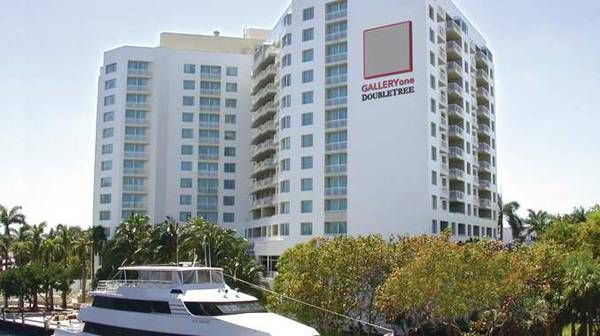 1 BED,1 BATH SUITE/ AT DOUBLETREE- GALLERIA ONE/ BY HILTON