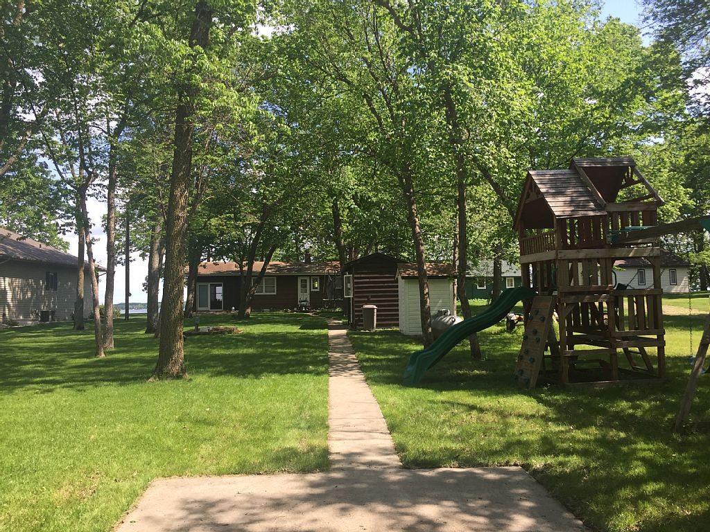 2 Bed Short Term Rental House Battle Lake