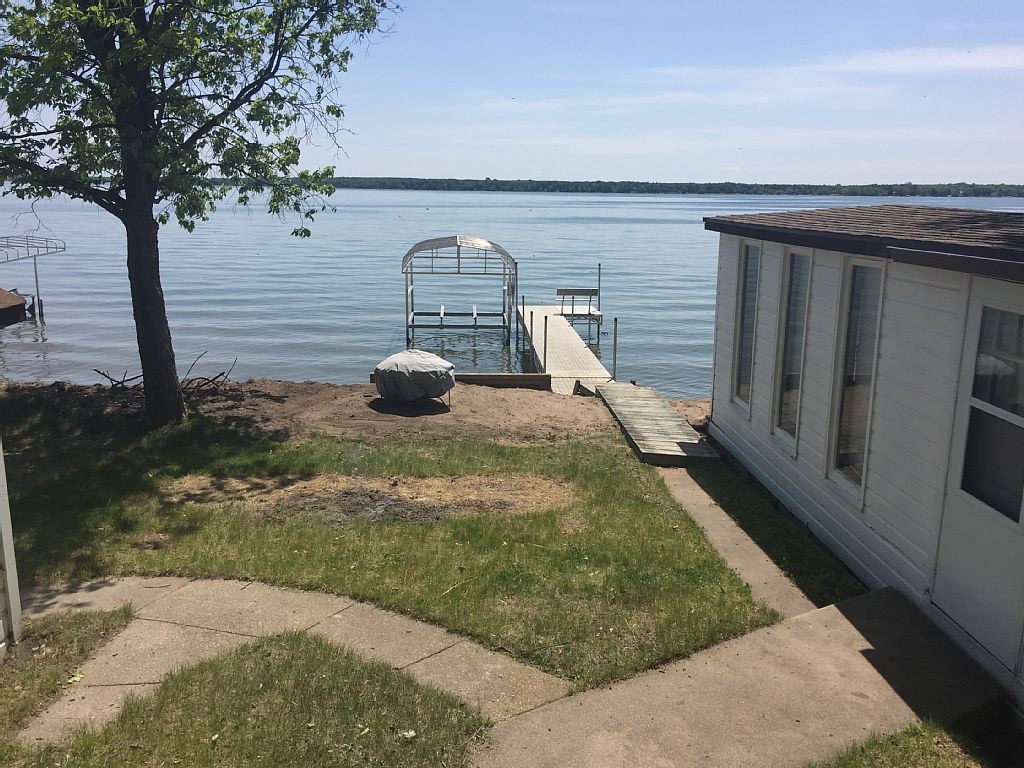 Airbnb Alternative Property in Battle Lake