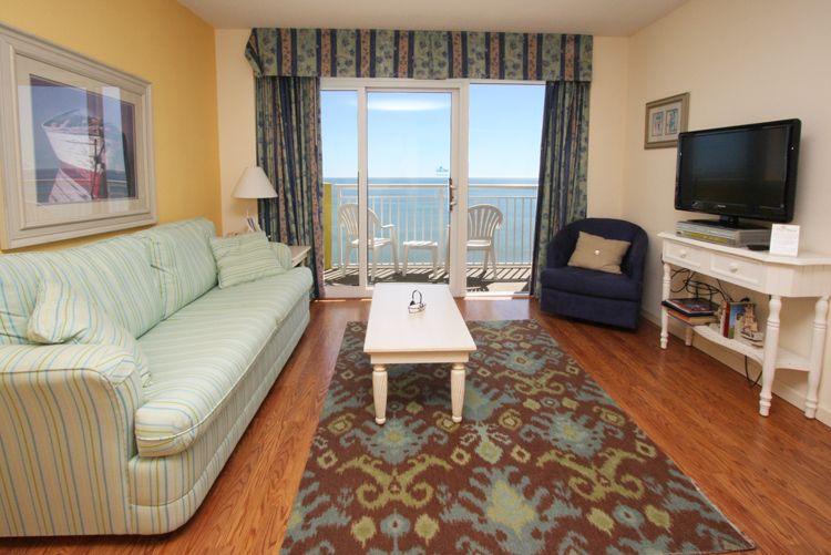 Luxury Ocean Front One Bed Room/ One Bathroom Condo