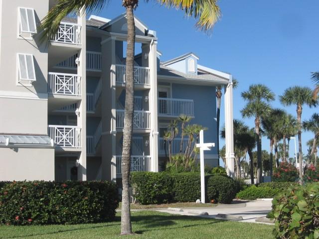 Comfy Condo, Beachside Marriott Resort