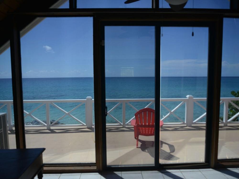 Blue Turtle Beach House with Seaside Pool.