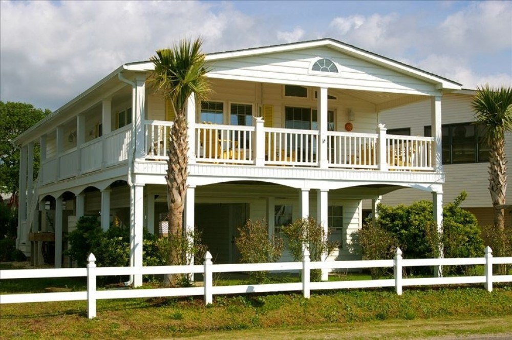 Myrtle Beach vacation rental with MOON SHADOW Exterior View