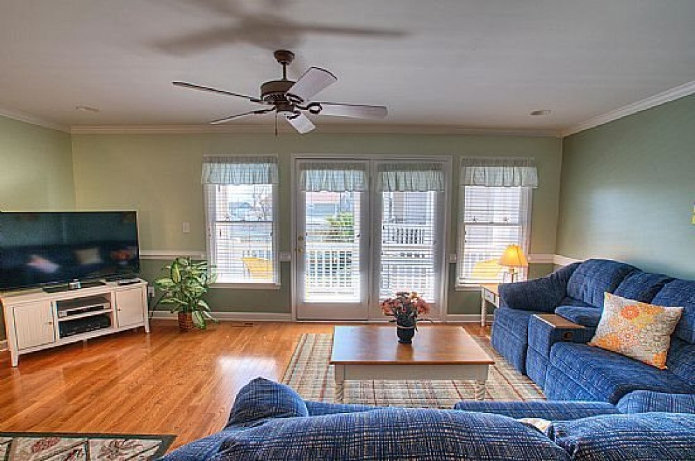 Kure Beach vacation rental with SUPER COZY FAMILY SPACE