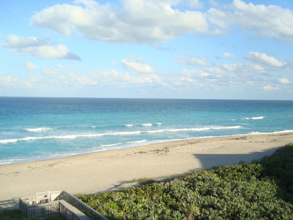 750/wk Summer Special! Oceanfront Penthouse in Spoonbill, S. Hutchinson Island