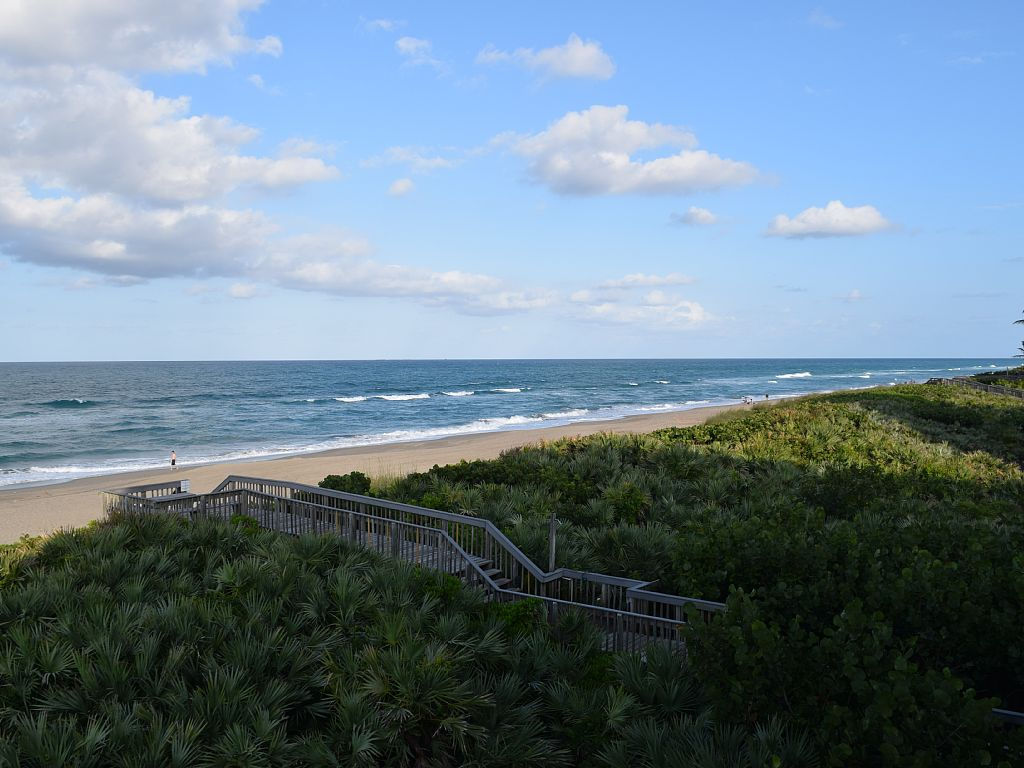 Panoramic Oceanfront Views in Spoonbill, South Hutchinson Island Irp