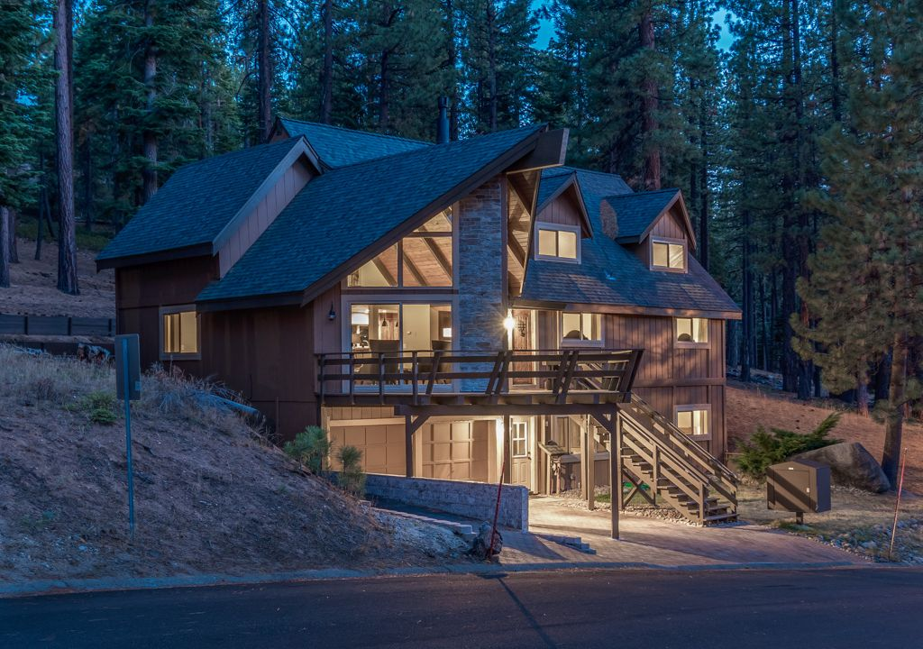 6 Bed Short Term Rental Villa South Lake Tahoe