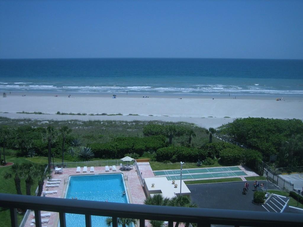 Stunning Direct Ocean Front Condo on Beach! Superb 8th floor Views!
