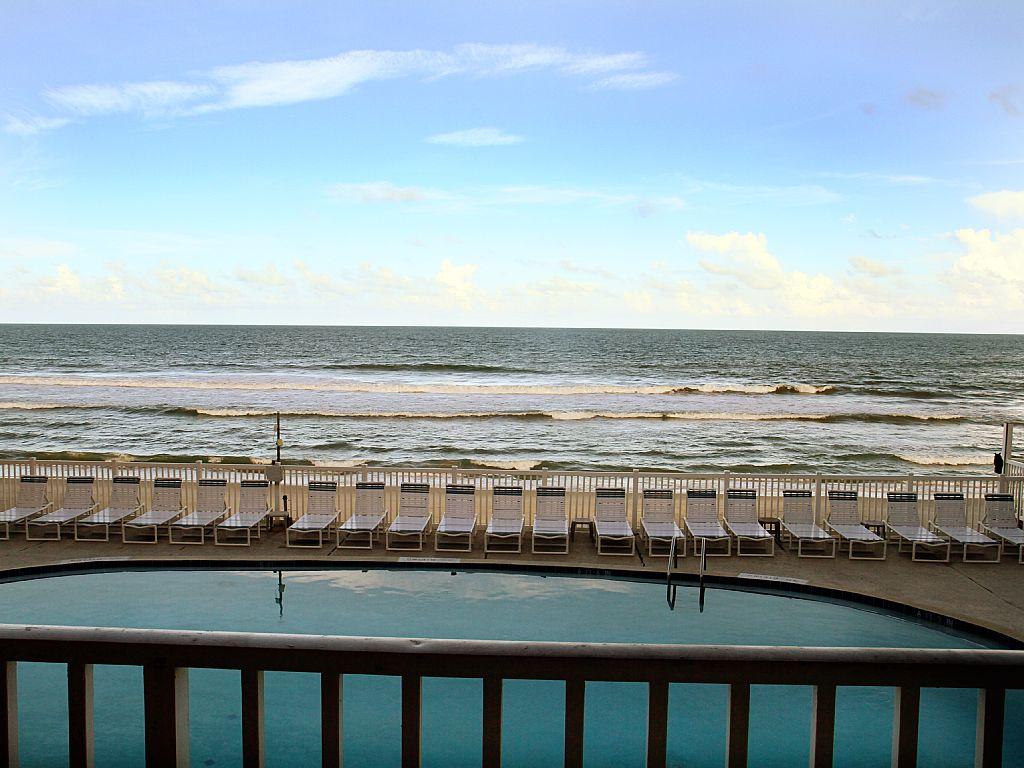 Direct Ocean Front ~ Brand New, Million $ View!!