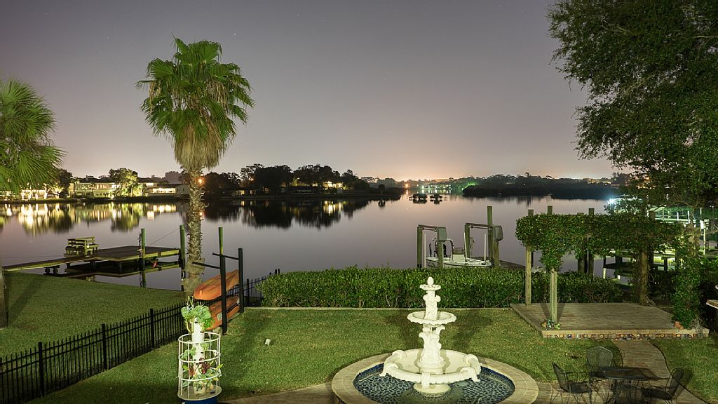 Spacious Waterfront Home - 4BR/4BA, sleeps 8, Pool, Private Dock, Pool Table