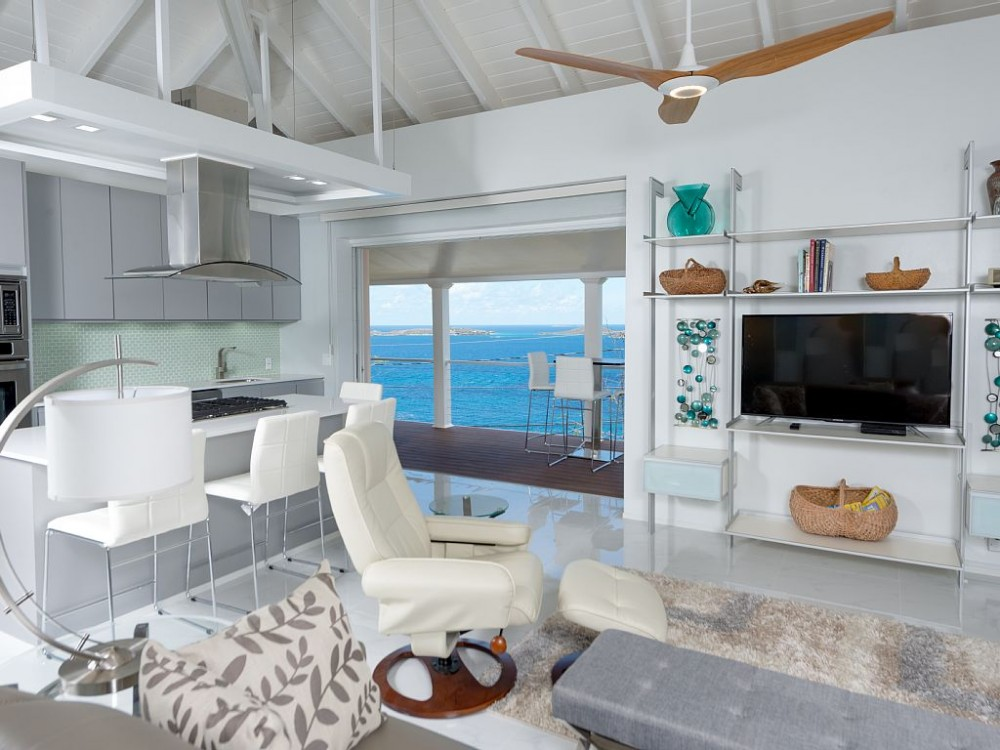 Cruz Bay vacation rental with living area, kitchen, Caribbean Sea