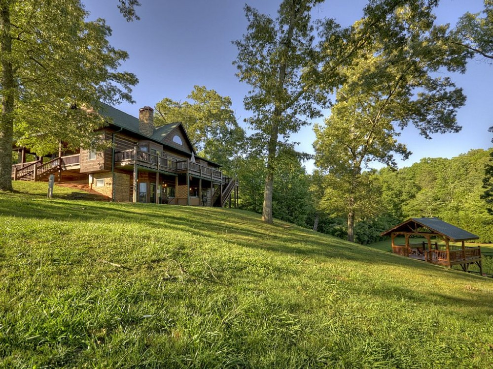 blue ridge vacation rental with